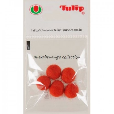Tulip - Handmade Felt Balls 10 mm, 5 pcs. Blood Orange