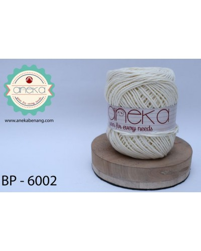Benang Rajut Katun Big Ply / Cotton Yarn - 6002 ( Off White )